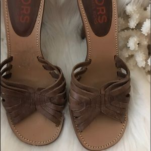 Michael Kors Leather sole slip on sandals 7.5